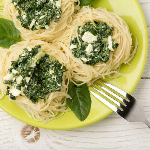Тальолини со шпинатом и фетой