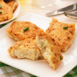 Сочные куриные котлеты с сыром и чесноком
