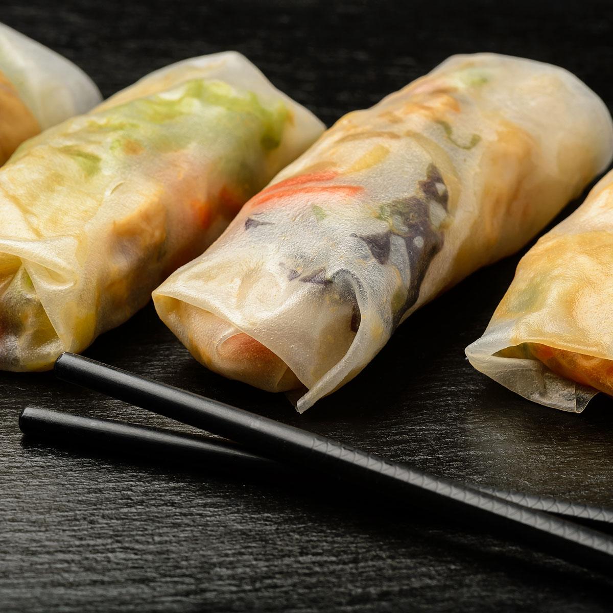 Сайгонки - весенние рулеты из рисовой бумаги с овощами и курицей