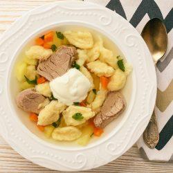 Суп с мясом и клецками