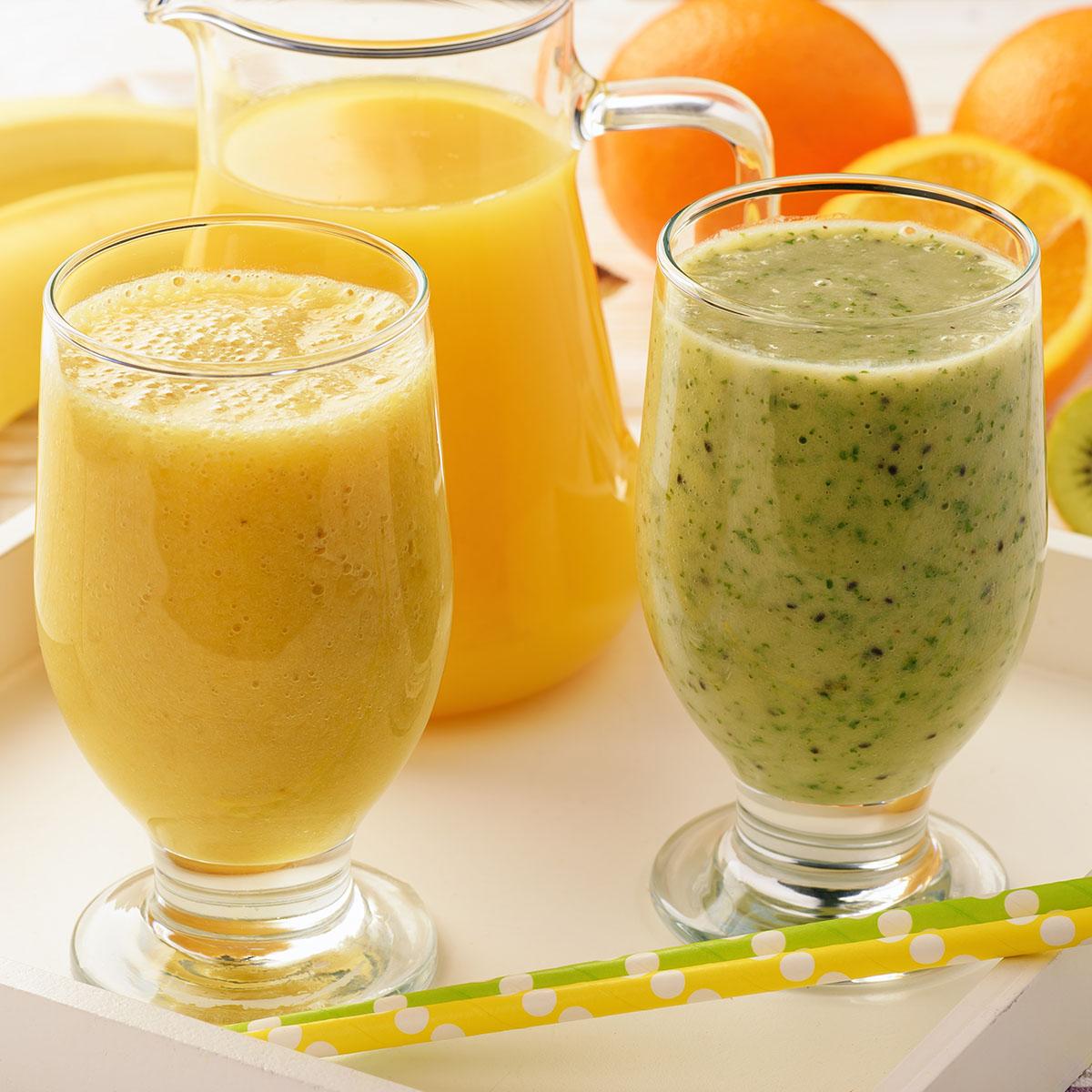 Смузи с бананом, апельсином и киви